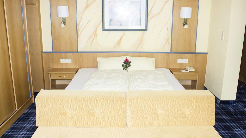 Ferien Resort Laerchenhof Kaunertal Feichten Doppelzimmer Komfort - Ferien_Resort_Laerchenhof-Kaunertal-Feichten-Doppelzimmer_Komfort-1-169293.jpg