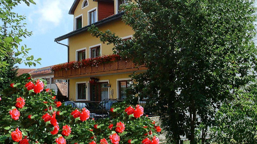 Land gut Hotel Rosner Gablitz Exterior view - Land-gut-Hotel_Rosner-Gablitz-Exterior_view-1-172499.jpg