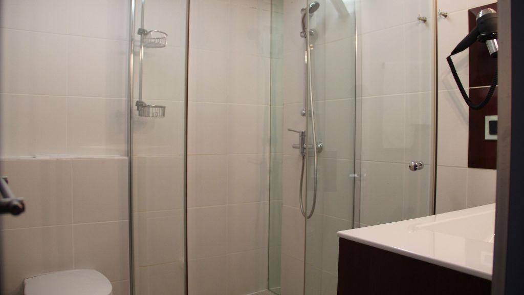 Rokohof Klagenfurt Bathroom - Rokohof-Klagenfurt-Bathroom-2-172805.jpg