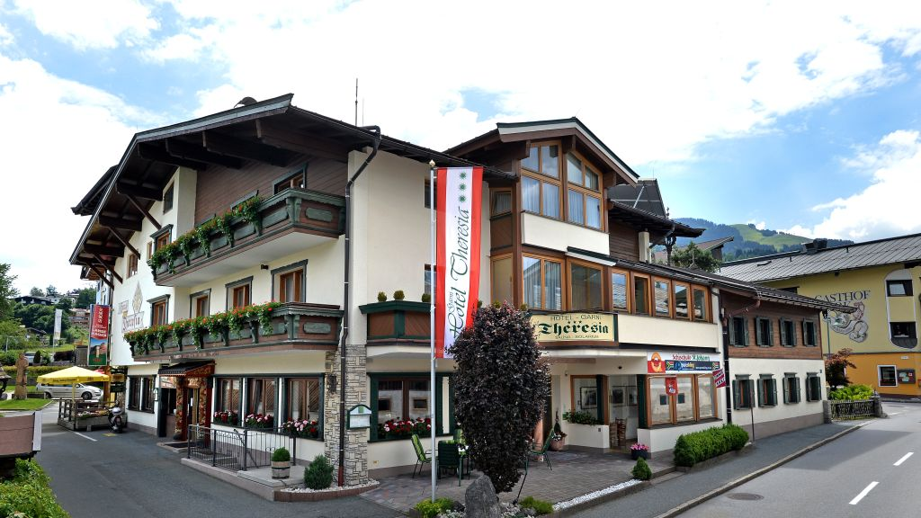 Hotel Theresia St Johann Tirol