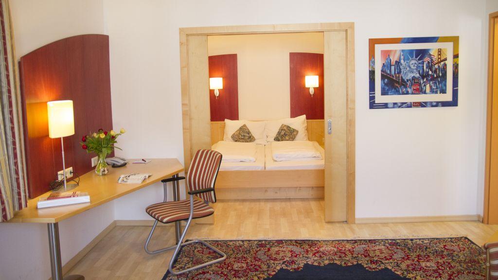 Gastwirtschaft Hotel Holzinger Traiskirchen Junior Suite - Gastwirtschaft_Hotel_Holzinger-Traiskirchen-Junior-Suite-179401.jpg