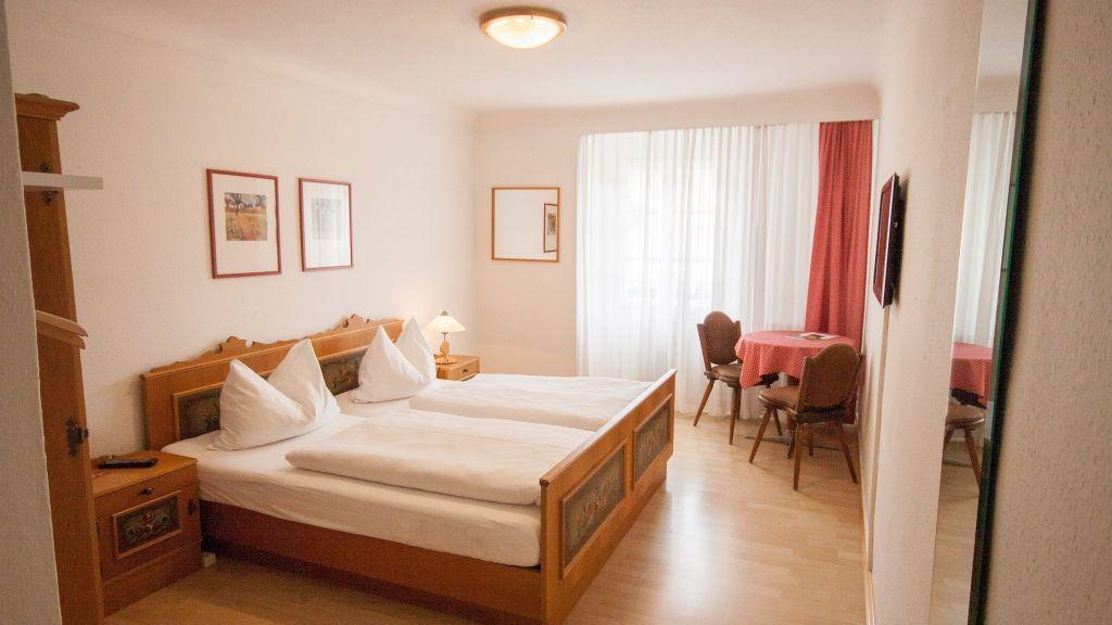 Madar Cafe Restaurant zum Fuersten Melk Apartment - Madar_Cafe_Restaurant_zum_Fuersten-Melk-Apartment-25-180044.jpg