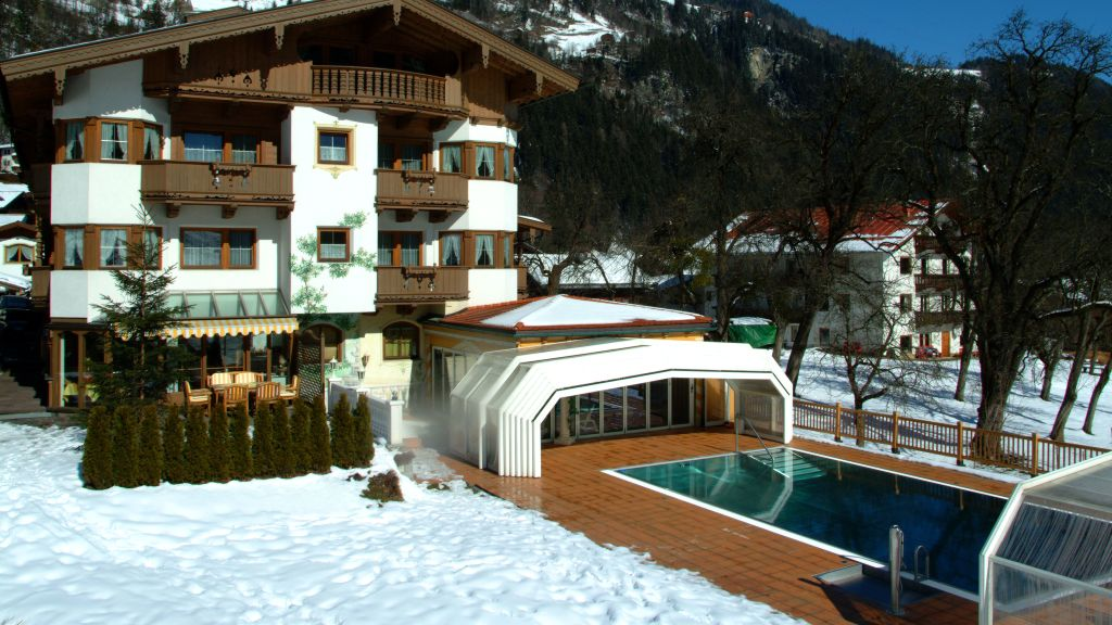 Olympia Relax Hotel Leonhard Stock Finkenberg Aussenansicht - Olympia-Relax-Hotel_Leonhard_Stock-Finkenberg-Aussenansicht-180420.jpg