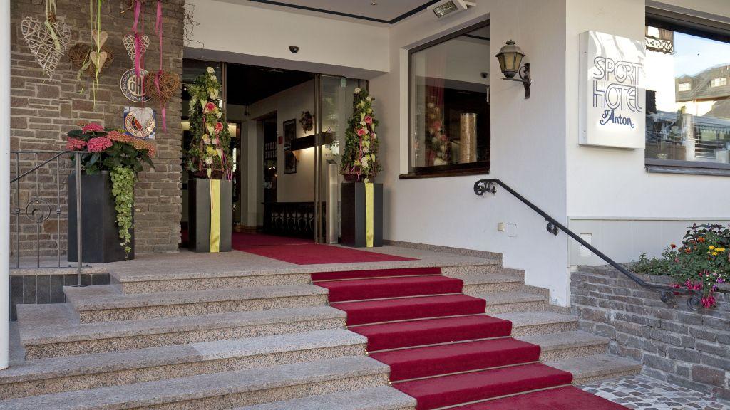Sporthotel St Anton Saint Anton Hotel outdoor area - Sporthotel_St_Anton-Saint_Anton-Hotel_outdoor_area-1-180502.jpg