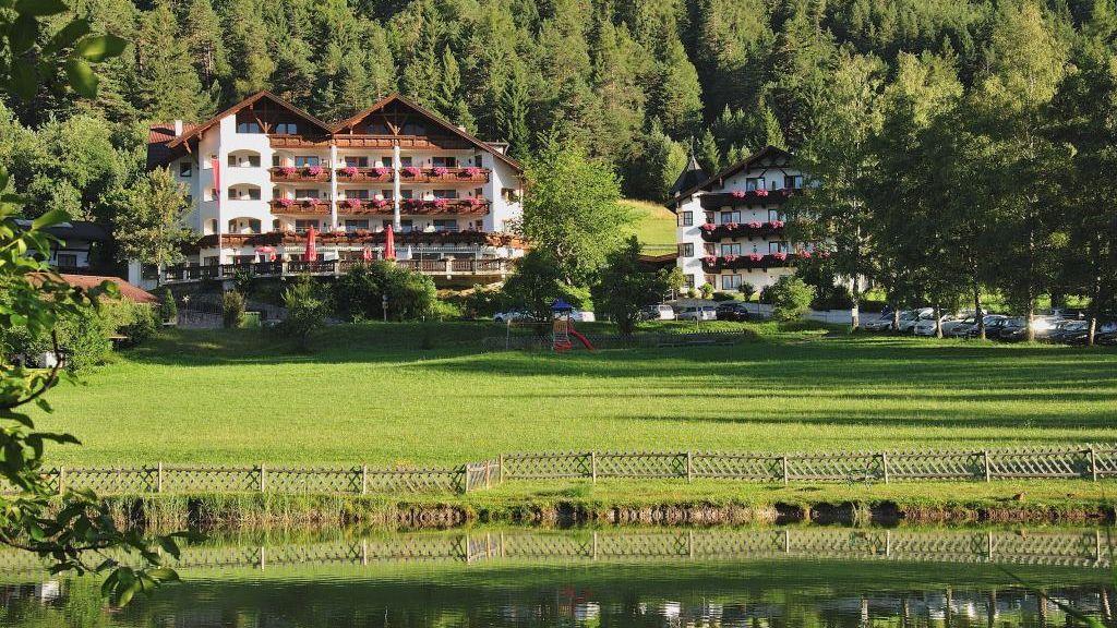 Alpenhotel Linserhof Imst Exterior view - Alpenhotel_Linserhof-Imst-Exterior_view-9-180721.jpg