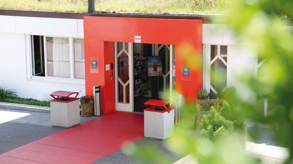 Comfort Hotel Egerkingen Egerkingen Aussenansicht - Comfort_Hotel_Egerkingen-Egerkingen-Aussenansicht-7-186372.jpg