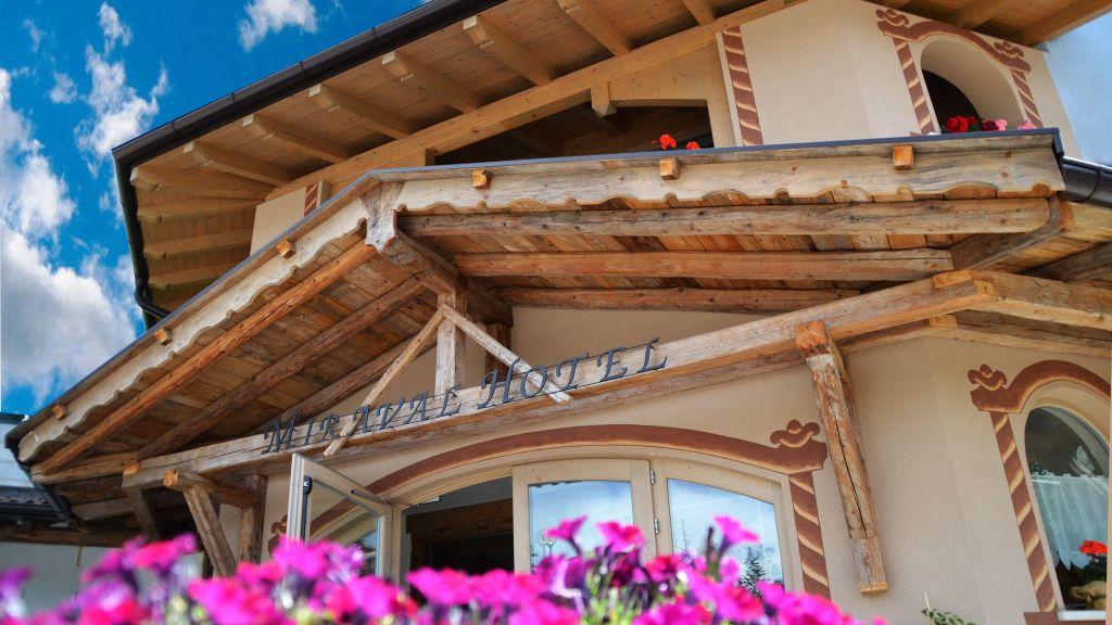 Miraval Hotel Coredo Exterior view - Miraval_Hotel-Coredo-Exterior_view-3-222019.jpg