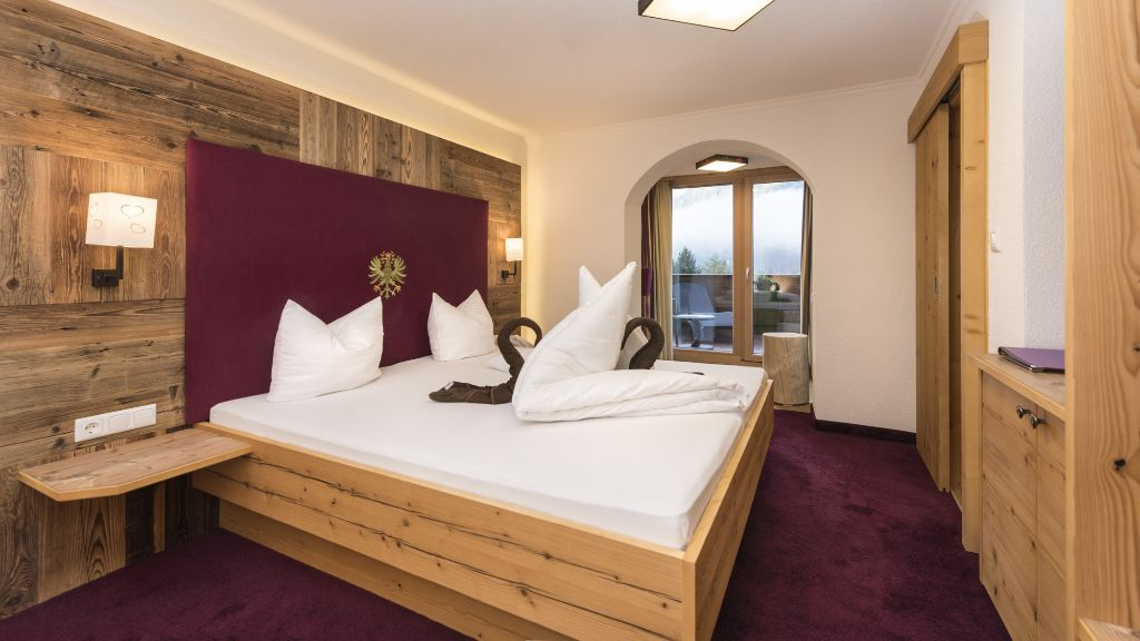 Panoramahotel Erika s Neustift Room with a view of hillsmountains - Panoramahotel_Erika_s-Neustift-Room_with_a_view_of_hillsmountains-250634.jpg
