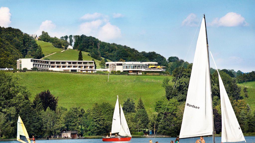 Landzeit Mondsee Panorama Hotel Innerschwand am Mondsee Loibichl Aussenansicht - Landzeit_Mondsee_Panorama-Hotel-Innerschwand_am_Mondsee-Loibichl-Aussenansicht-251102.jpg