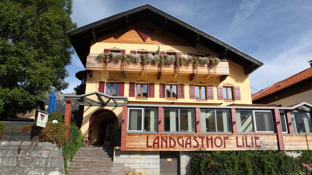 Die Lilie Hotel Garni Hoefen Exterior view - Die_Lilie_Hotel_Garni-Hoefen-Exterior_view-2-252372.jpg