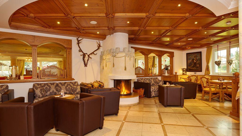 Bergkoenig Activehotel Neustift im Stubaital Hotelhalle - Bergkoenig_Activehotel-Neustift_im_Stubaital-Hotelhalle-1-252650.jpg