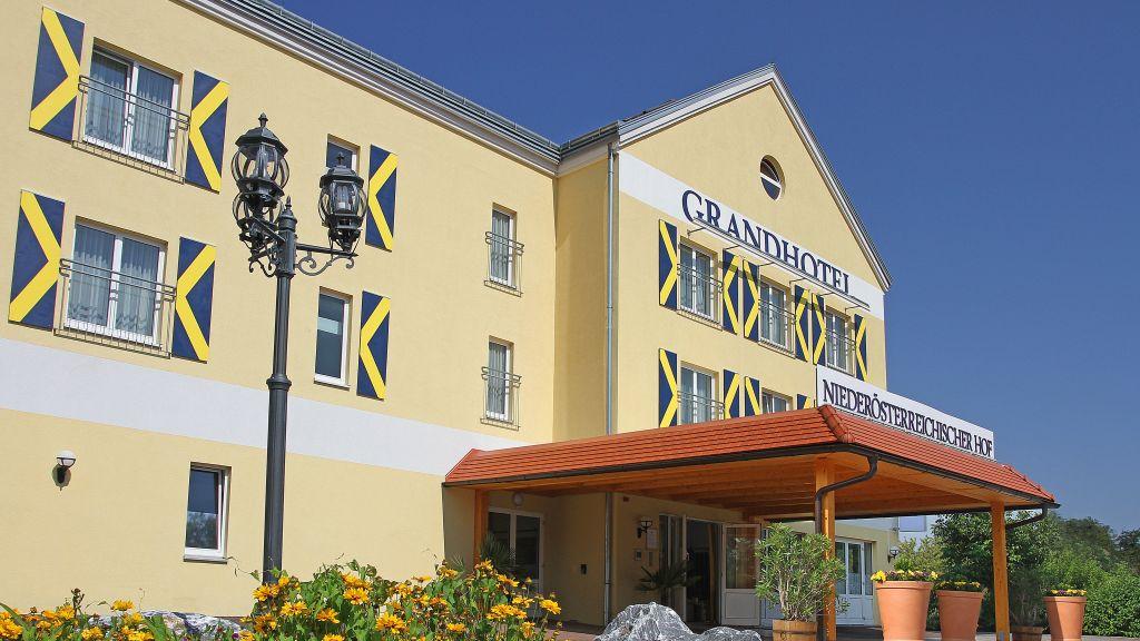 Niederoesterreichischer Hof Grandhotel Lanzenkirchen Exterior view - Niederoesterreichischer_Hof_Grandhotel-Lanzenkirchen-Exterior_view-2-391071.jpg