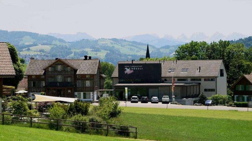 Roessli Tufertschwil Luetisburg Exterior view - Roessli_Tufertschwil-Luetisburg-Exterior_view-5-397760.jpg