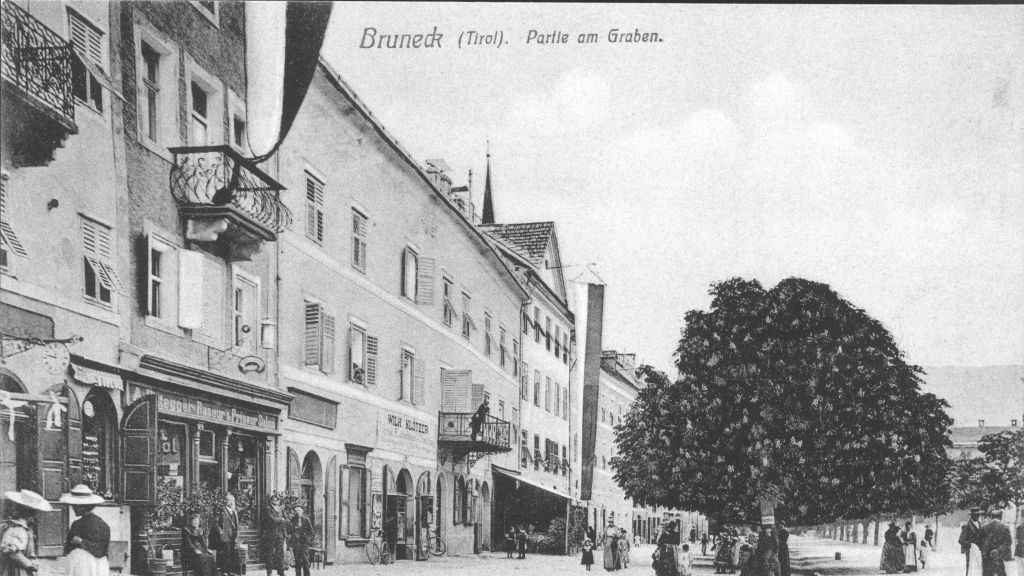 Corso Bruneck Hotel outdoor area - Corso-Bruneck-Hotel_outdoor_area-1-408800.jpg