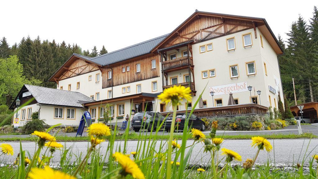 Roseggerhof Gasthof Krieglach Aussenansicht - Roseggerhof_Gasthof-Krieglach-Aussenansicht-409436.jpg