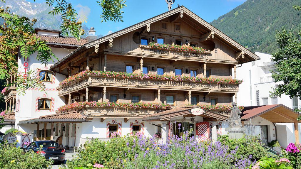 Gutshof Zillertal Mayrhofen Aussenansicht - Gutshof_Zillertal-Mayrhofen-Aussenansicht-2-410338.jpg
