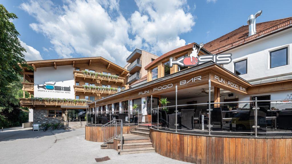 KOSIS Sports Lifestyle Hotel Fuegen Aussenansicht - KOSIS_Sports_Lifestyle_Hotel-Fuegen-Aussenansicht-3-423964.jpg