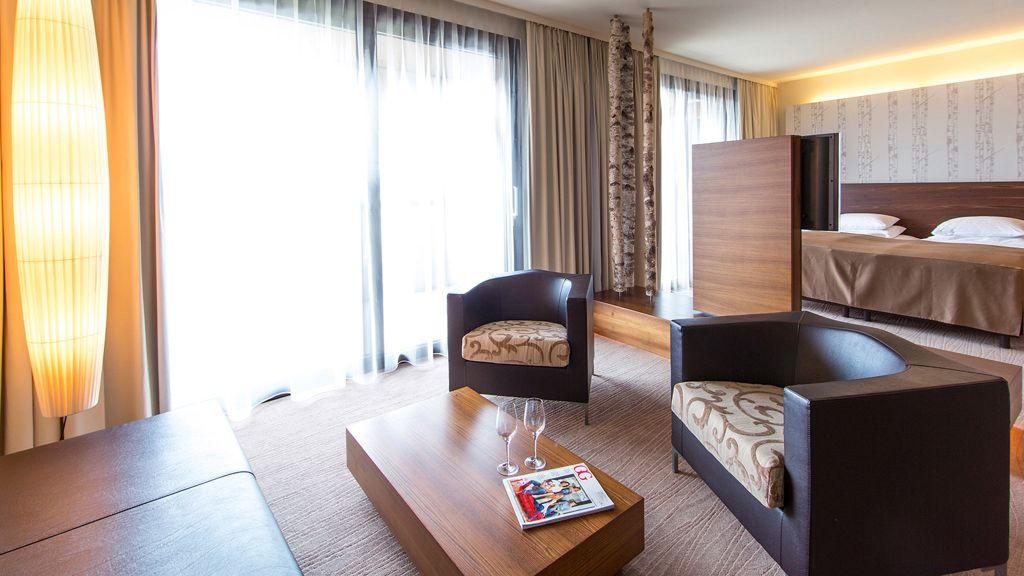Seepark Woerthersee Resort Klagenfurt Junior suite - Seepark_Woerthersee_Resort-Klagenfurt-Junior_suite-429178.jpg