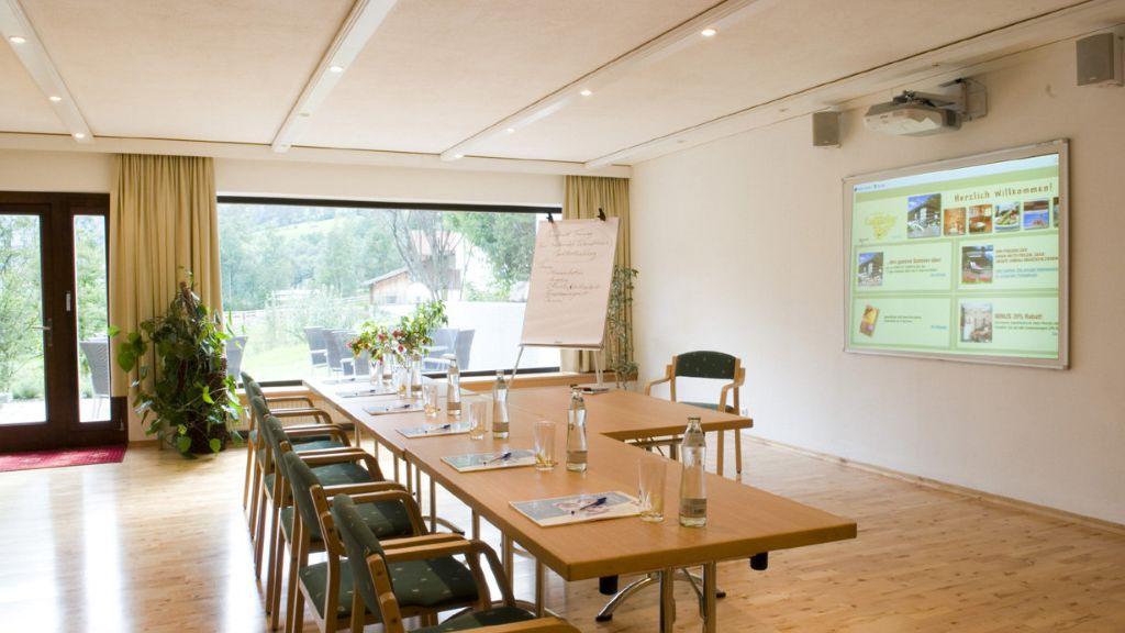 Vitalhotel Lafairser Hof Pfunds Conference room - Vitalhotel_Lafairser_Hof-Pfunds-Conference_room-431421.jpg