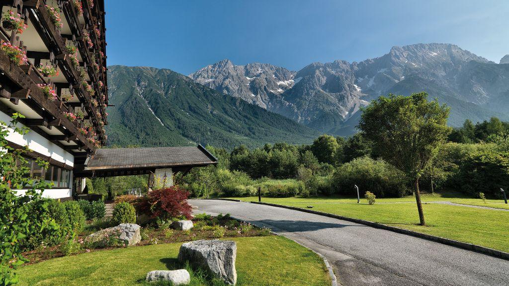 Kaysers Tirolresort Erwachsenenhotel Mieming Hotel outdoor area - Kaysers_Tirolresort_Erwachsenenhotel-Mieming-Hotel_outdoor_area-5-431433.jpg