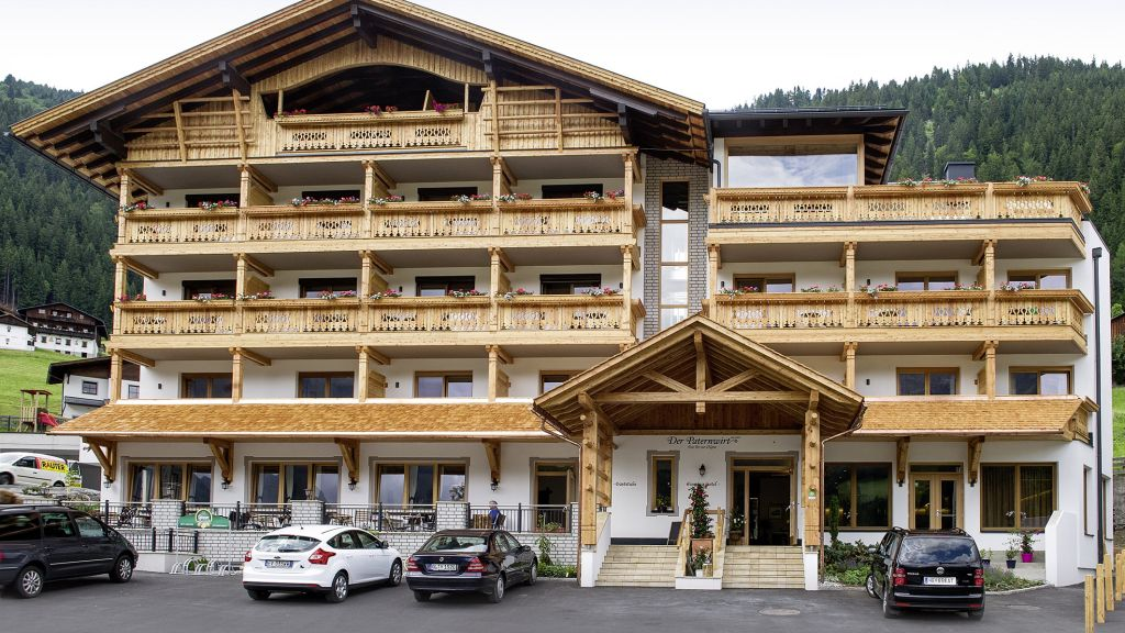 Paternwirt Urlaub im Lesachtal Gasthof Lesachtal Maria Luggau Hotel outdoor area - Paternwirt_Urlaub_im_Lesachtal_Gasthof-Lesachtal-Maria_Luggau-Hotel_outdoor_area-431447.jpg