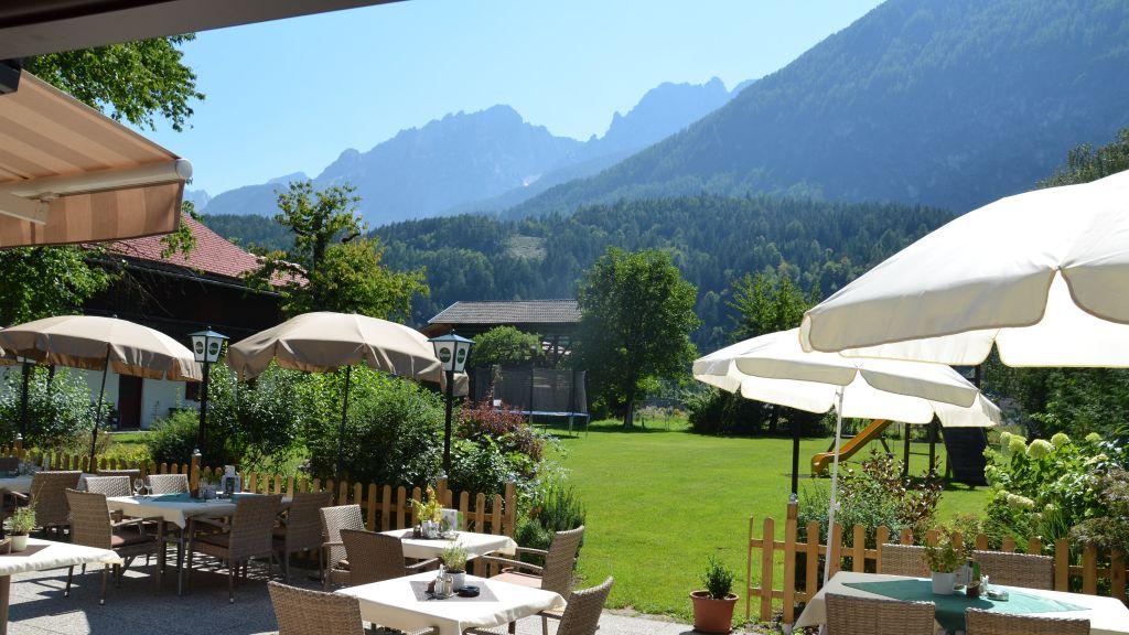 Hotel Der Dolomitenhof Tristach Terrace - Hotel_Der_Dolomitenhof-Tristach-Terrace-2-432592.jpg