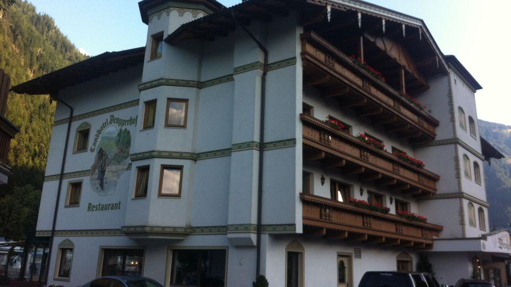 Landhotel Denggerhof Mayrhofen Aussenansicht - Landhotel_Denggerhof-Mayrhofen-Aussenansicht-1-433410.jpg