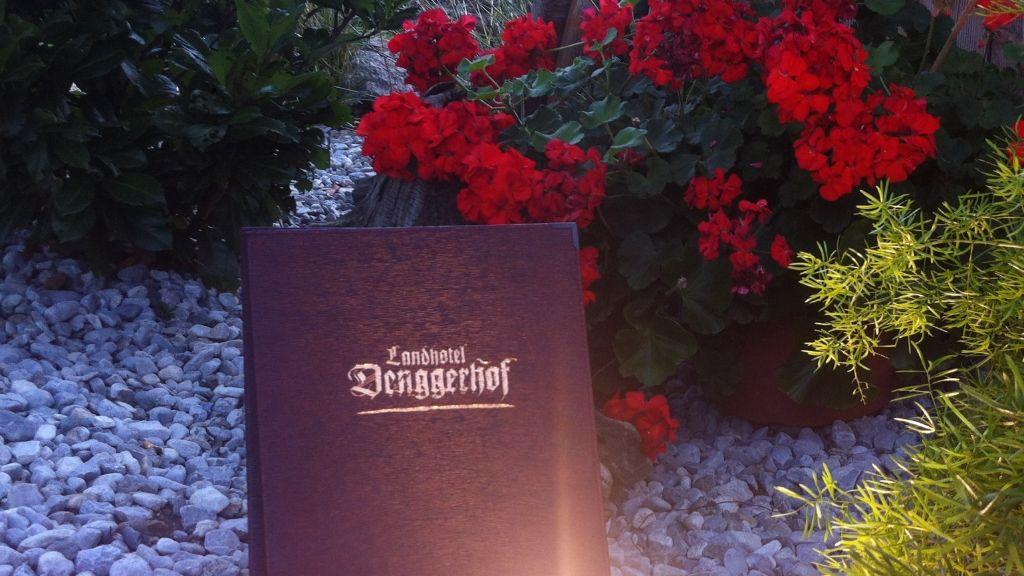 Landhotel Denggerhof Mayrhofen Hotel outdoor area - Landhotel_Denggerhof-Mayrhofen-Hotel_outdoor_area-433410.jpg