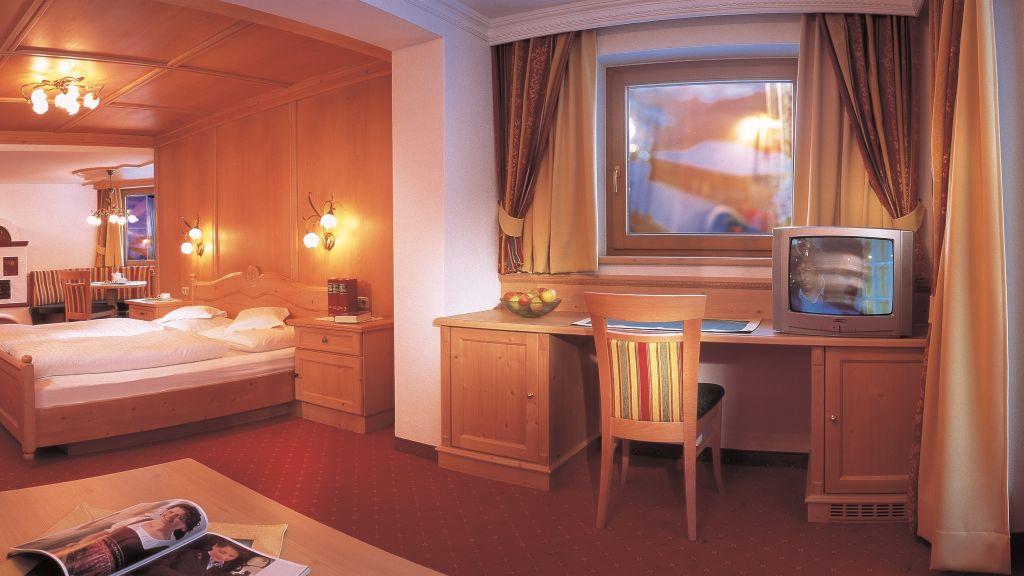 Landhotel Denggerhof Mayrhofen Doppelzimmer Standard - Landhotel_Denggerhof-Mayrhofen-Doppelzimmer_Standard-5-433410.jpg