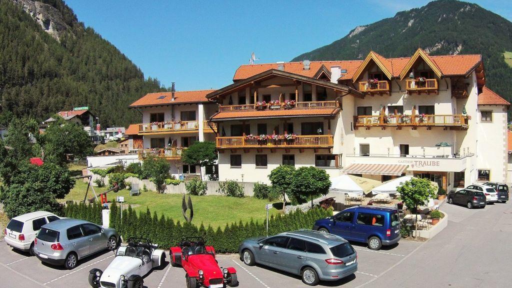 Hotel Traube Pfunds Exterior view - Hotel_Traube-Pfunds-Exterior_view-4-433415.jpg