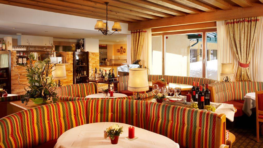 Berghotel Hochfuegen Fuegenberg Restaurant - Berghotel_Hochfuegen-Fuegenberg-Restaurant-1-433674.jpg