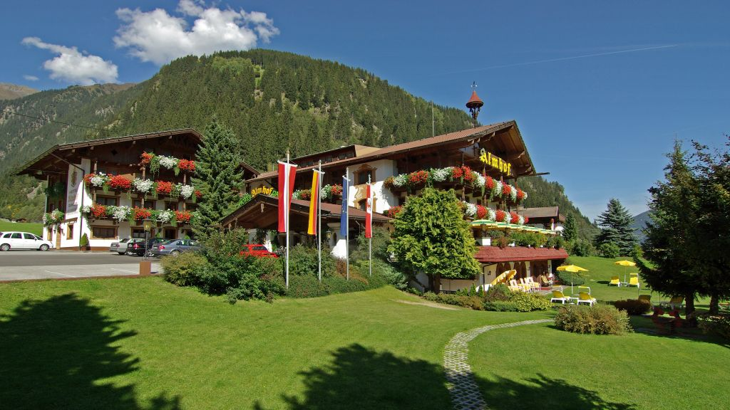 Almhof Danler Neustift Hotel outdoor area - Almhof_Danler-Neustift-Hotel_outdoor_area-2-433846.jpg