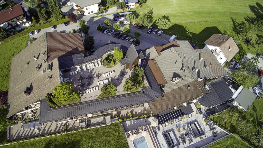 WohlfuehlHotel Schiestl Fuegenberg Exterior view - WohlfuehlHotel_Schiestl-Fuegenberg-Exterior_view-4-434175.jpg