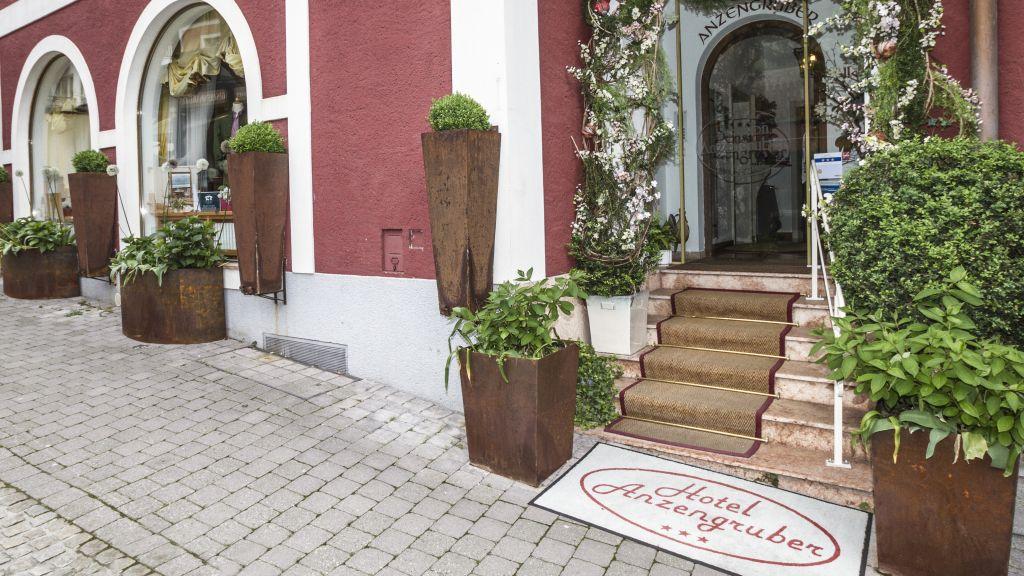 Hotel Anzengruber Sankt Wolfgang im Salzkammergut Aussenansicht - Hotel_Anzengruber-Sankt_Wolfgang_im_Salzkammergut-Aussenansicht-10-435523.jpg