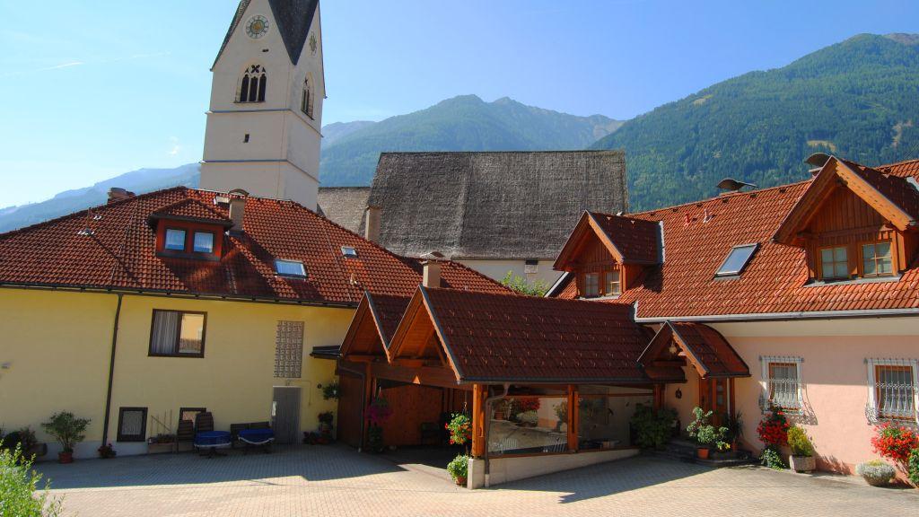 Kirchenwirt Pension Obervellach Aussenansicht - Kirchenwirt_Pension-Obervellach-Aussenansicht-3-435561.jpg