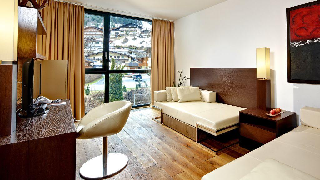 Alpen Karawanserai Time Design Hotel Saalbach Hinterglemm Hinterglemm Suite - Alpen_Karawanserai_Time_Design_Hotel-Saalbach-Hinterglemm-Hinterglemm-Suite-2-436723.jpg