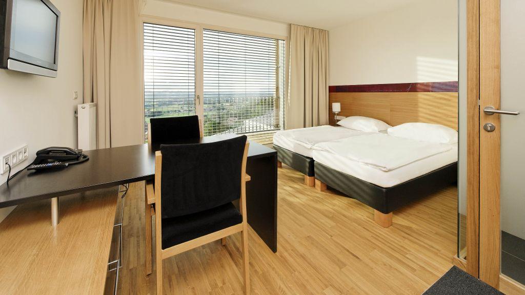 SPES Hotel Schlierbach Double room standard - SPES_Hotel-Schlierbach-Double_room_standard-3-437638.jpg