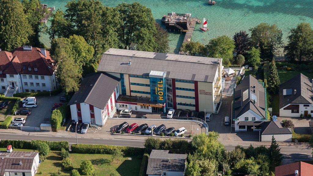 Hotel Attersee Urlaubs und Seminar Hotel Seewalchen am Attersee Exterior view - Hotel_Attersee_Urlaubs-_und_Seminar_Hotel-Seewalchen_am_Attersee-Exterior_view-437650.jpg