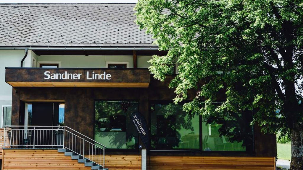 Sandner Linde Gasthof Steinbach an der Steyr Hotel outdoor area - Sandner_Linde_Gasthof-Steinbach_an_der_Steyr-Hotel_outdoor_area-1-438279.jpg