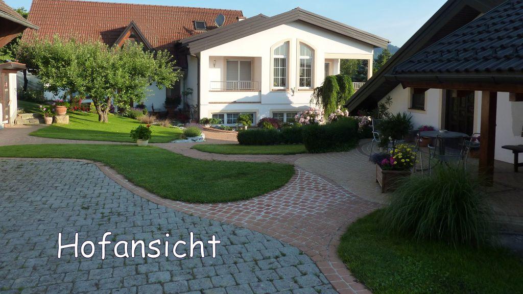 Haus Giessauf Fruehstueckspension Poppendorf Ebersdorf Aussenansicht - Haus_Giessauf_Fruehstueckspension-Poppendorf-Ebersdorf-Aussenansicht-2-438641.jpg