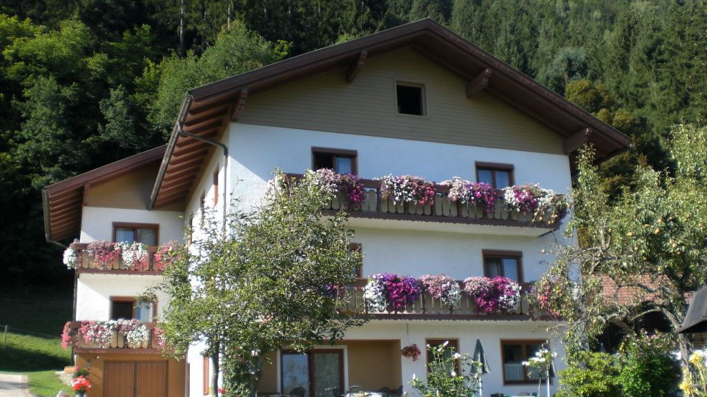 Sorli Pension Steindorf am Ossiacher See Unterberg Aussenansicht - Sorli_Pension-Steindorf_am_Ossiacher_See-Unterberg-Aussenansicht-1-438791.jpg