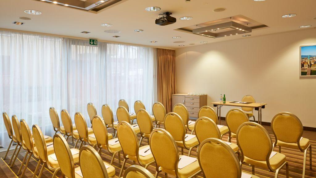 H Hotel Zuerich Zurich Hotel outdoor area - H_Hotel_Zuerich-Zurich-Hotel_outdoor_area-506985.jpg