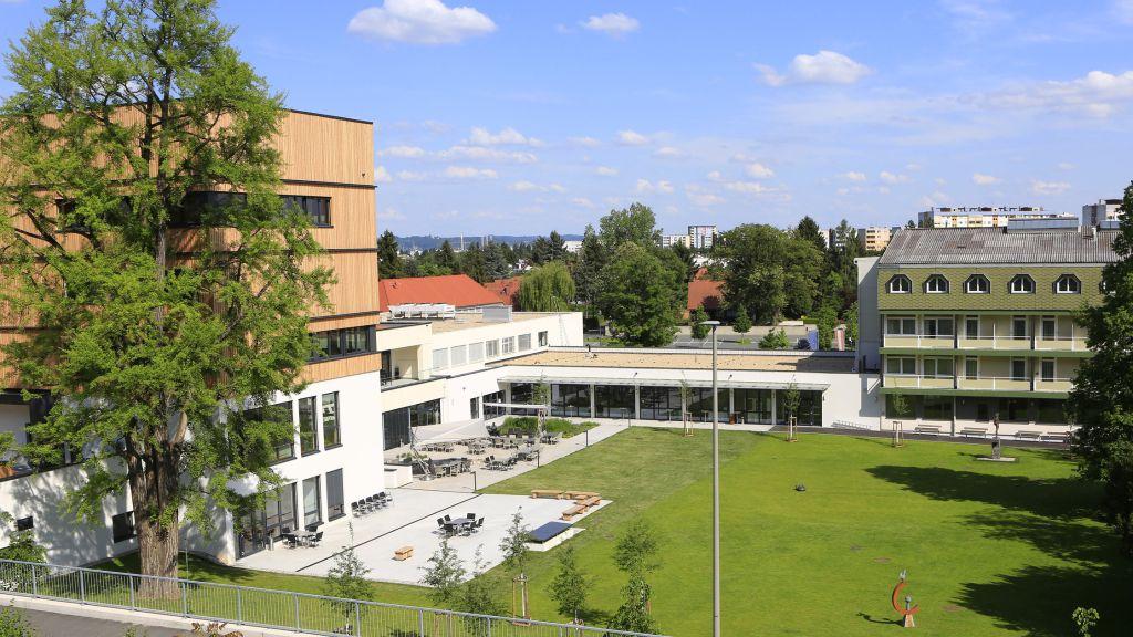 Steiermarkhof Graz Hotel outdoor area - Steiermarkhof-Graz-Hotel_outdoor_area-1-518999.jpg