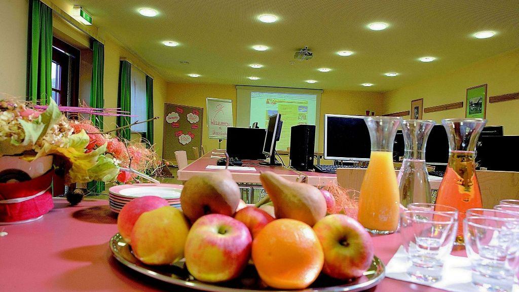 JUFA Hotel Donnersbachwald Almerlebnis Donnersbachwald Conference room - JUFA_Hotel_Donnersbachwald_-_Almerlebnis-Donnersbachwald-Conference_room-537252.jpg