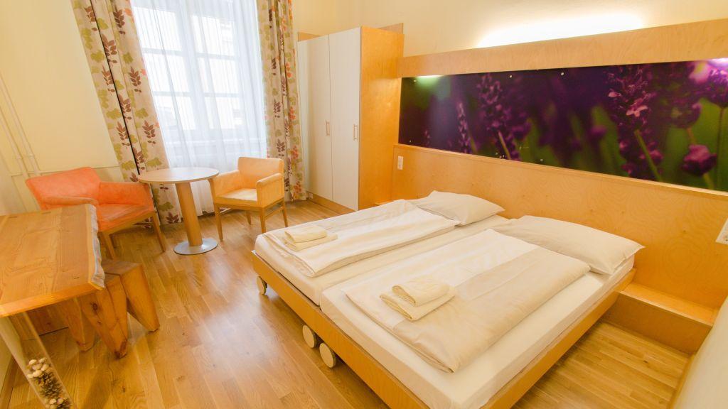 JUFA Hotel Waldviertel Raabs an der Thaya Doppelzimmer Standard - JUFA_Hotel_Waldviertel-Raabs_an_der_Thaya-Doppelzimmer_Standard-539683.jpg