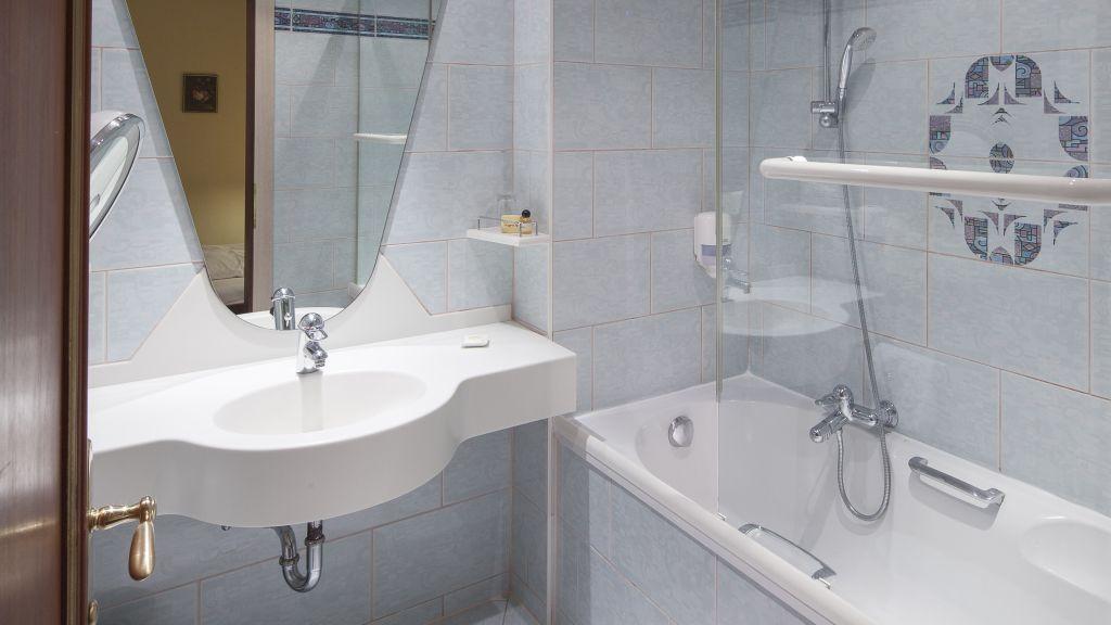 Schön Der Rindererhof, Tux/hintertux   Four Star Hotel | Tiscover | En, Badezimmer