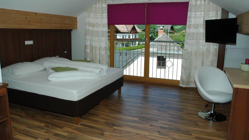 Gasthof Dorfwirt Woehrer Aigen im Ennstal Apartment - Gasthof_Dorfwirt_Woehrer-Aigen_im_Ennstal-Apartment-1-565019.jpg