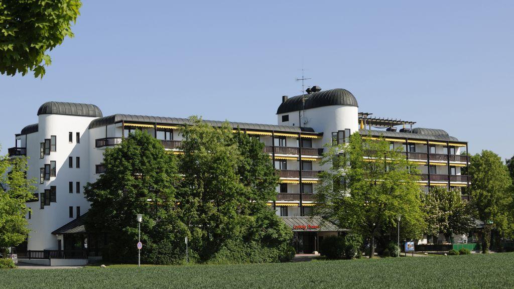 Johannesbad Thermalhotel Ludwig Thoma Bad Fuessing Aussenansicht - Johannesbad_Thermalhotel_Ludwig_Thoma-Bad_Fuessing-Aussenansicht-566664.jpg