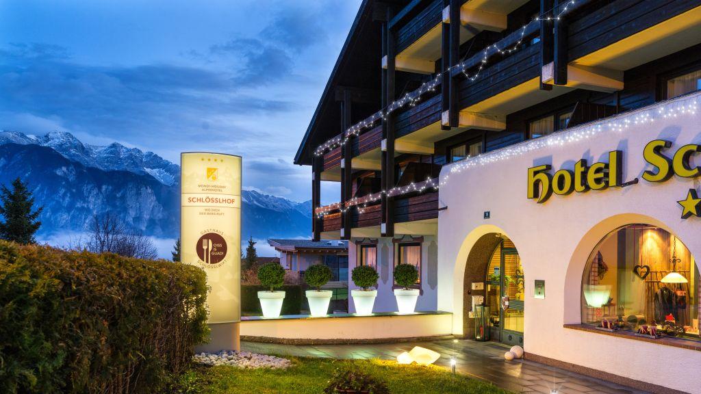 MONDI HOLIDAY Alpinhotel Schloesslhof Axams Hotel outdoor area - MONDI-HOLIDAY_Alpinhotel_Schloesslhof-Axams-Hotel_outdoor_area-6-581650.jpg