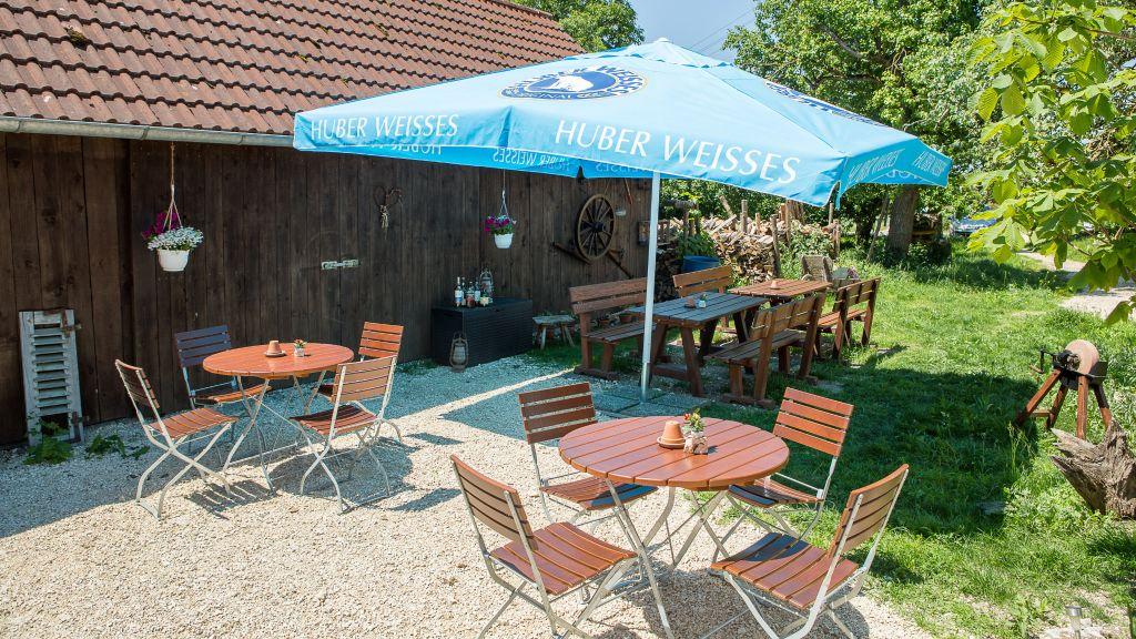 Landgasthof Weberhans Harburg Hotel outdoor area - Landgasthof_Weberhans-Harburg-Hotel_outdoor_area-583708.jpg